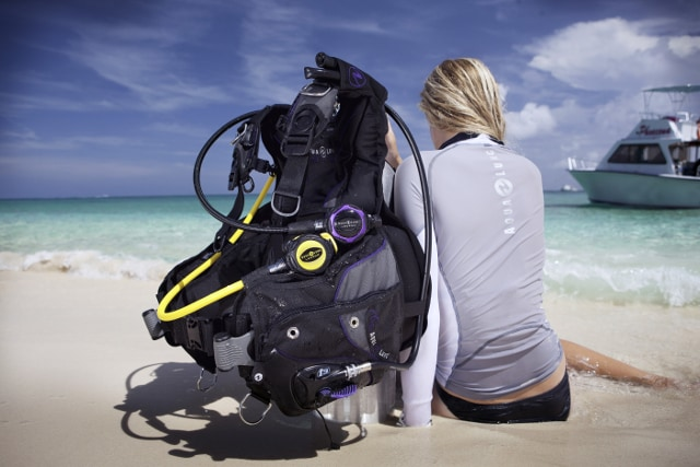 Top 10 Best Scuba Bcds Reviews 2018 What Matters