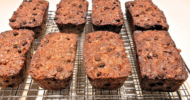 scuba diving power food almond fruit cake