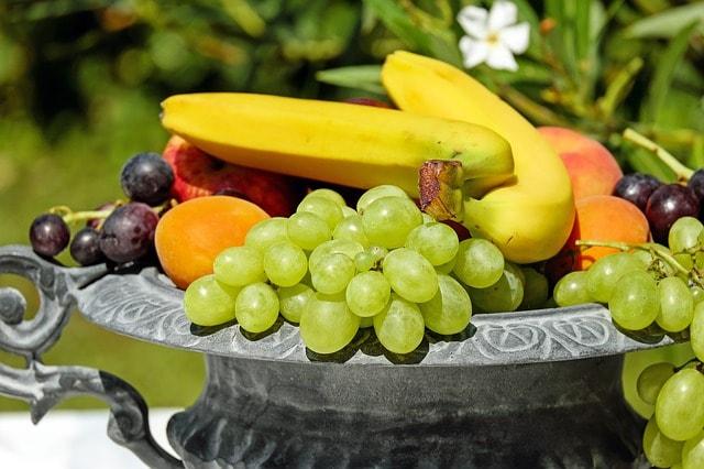 scuba diving power food fruits